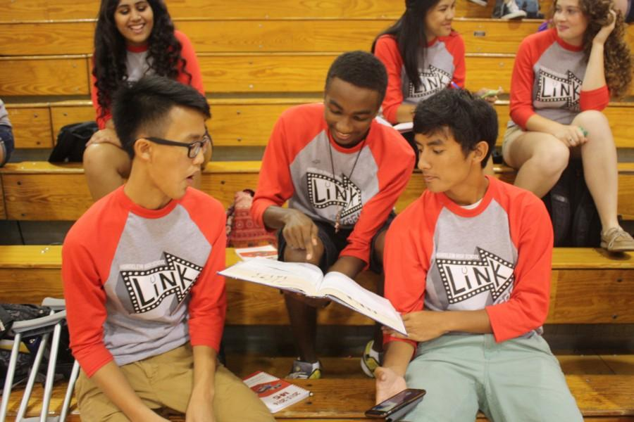 Freshmen arrive at MHS for first time (in a special way)