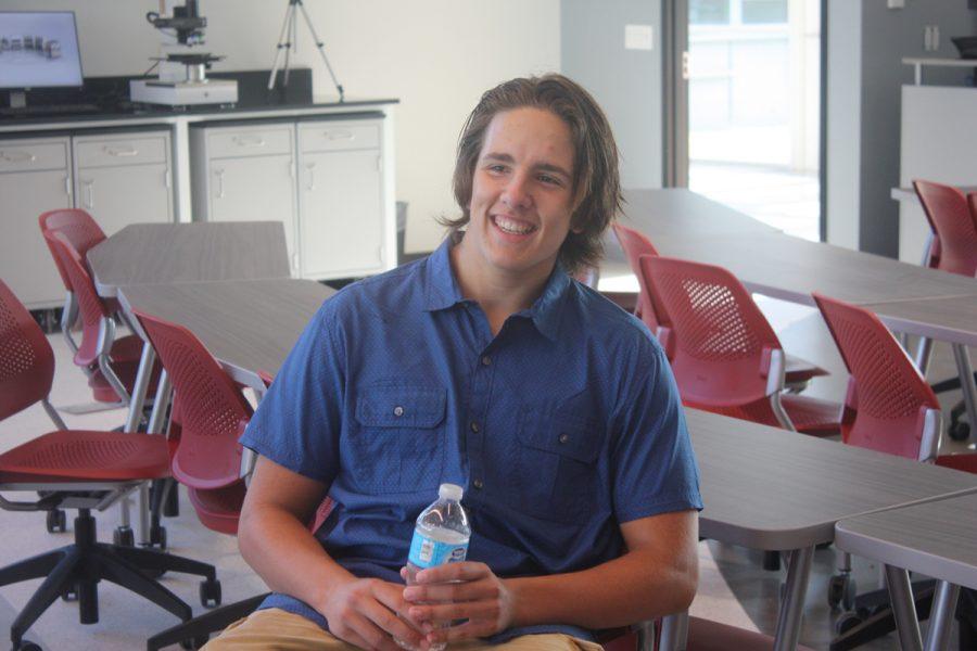 Senior newspaper editor Alex Loding enjoys a tour of the new STEM lab.