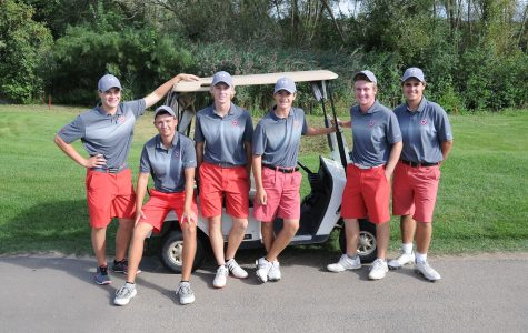 Boys Golf Wins Sectionals, Goes to State