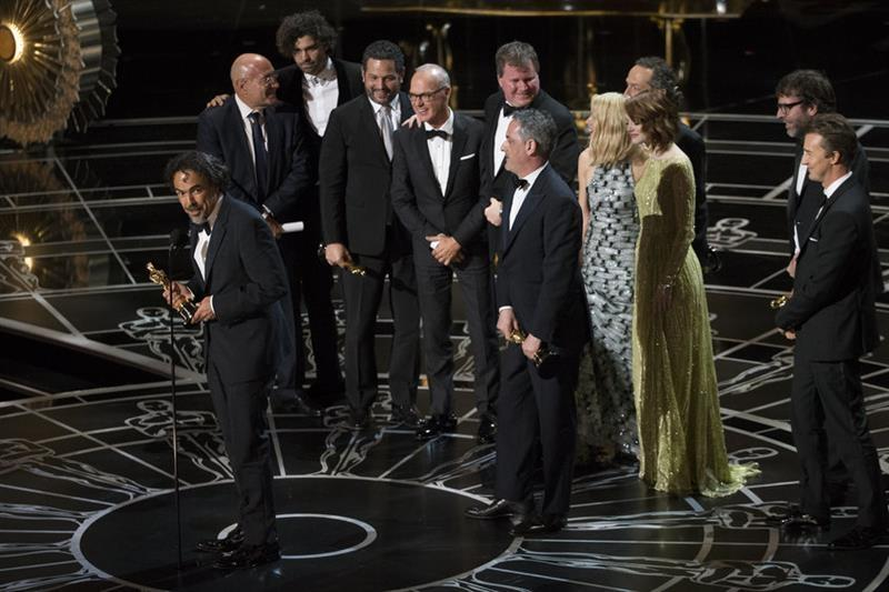 The cast of Birdman accepting their award for Best Picture. Photo courtesy of imdb.