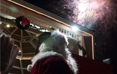 Mundelein Lights Up The Holiday Season With A Bang