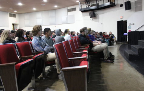 Erin Jade Lange Speaks to MHS Students, Teachers