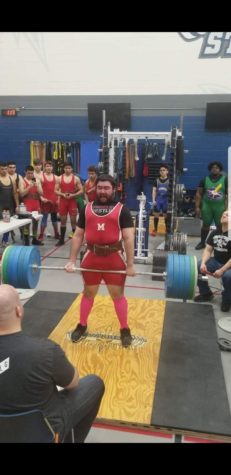 Powerlifters take first in regional meet