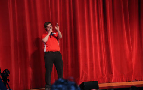 Bright personality, comedian capabilities lead Cumberland to top spot in Mr. Mustang